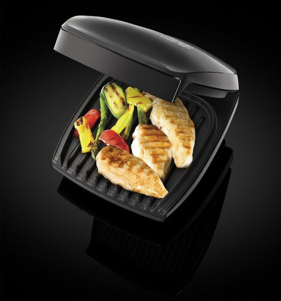 LOWEST EVER AMAZON PRICE George Foreman Four Portion Family Grill RRP £49.99 NOW £17.99