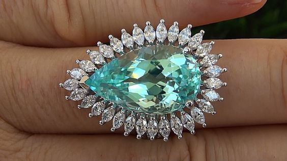Paraiba Tourmaline & Diamond Platinum Ring - Certified Jewelry