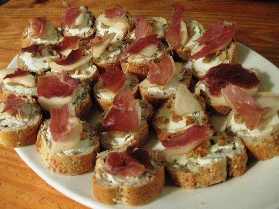 Appetizers for a crowd events and party chicken on pinterest for Hor d oeuvres recipes