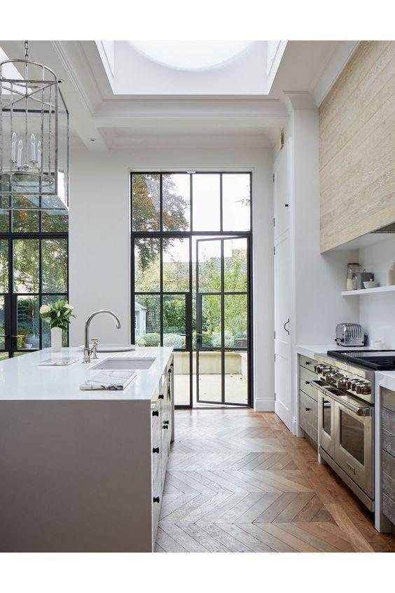 100 Beautiful White Kitchens White Modern Kitchen Modern Victorian Homes Modern Kitchen Interiors