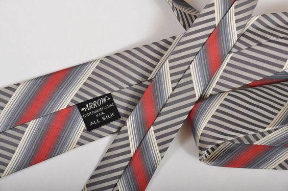 Elegant 1950s Mens Silk Tie - Arrow 2-1/4 from mairemcleod on Ruby Lane