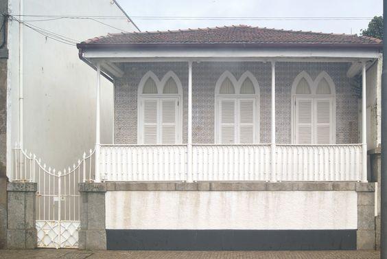 BEACH HOUSE GOTHICK