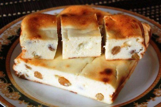 Lahodný tvarohový koláč s hrozienkami   mňamky-recepty.sk  na každý deň