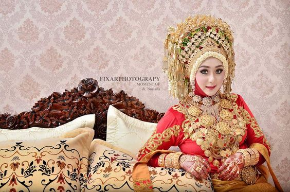 Aceh Wedding Dress
