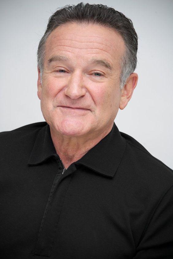 Pin for Later: In Erinnerung an alle verstorbenen Stars im Jahr 2014 Robin Williams Schauspieler und Komödiant Robin Williams verstarb im August im Alter von 63 Jahren.