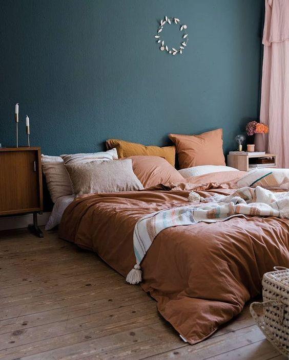 kamar tidur warna pink dan biru 2