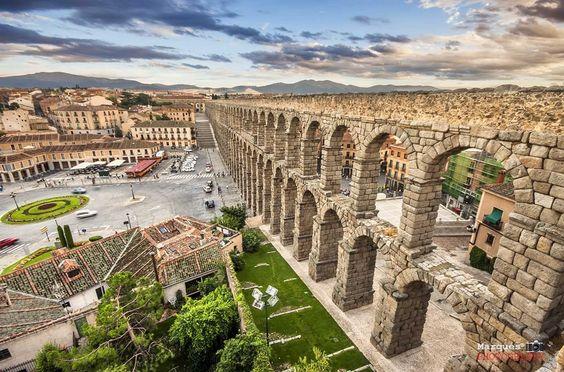 Acueducto de Segovia by Víctor Marqués, via 500px