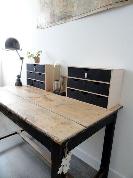 Voilà l'idée pour utiliser ma table fermière ! J'adore la couleur et j'ai la lampe qui va bien aussi la jielde !