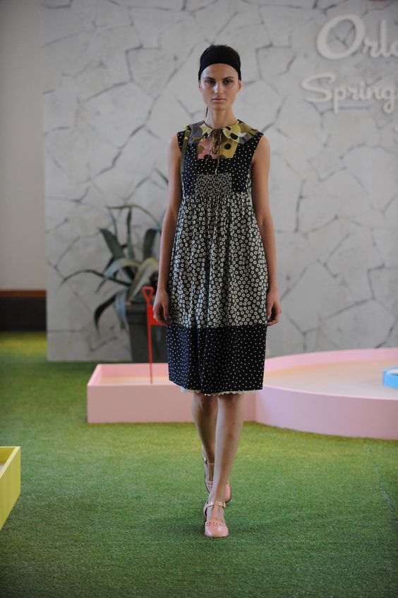http://www.vogue.com/fashion-shows/spring-2016-ready-to-wear/orla-kiely/slideshow/collection