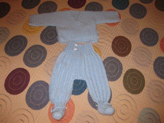 Fatinho casaco e calcinha com pés