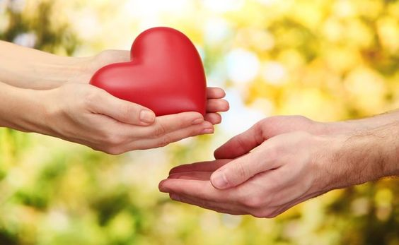"""Dýchanie je jednou z najdôležitejších potrieb ľudského tela a vzduch patrí medzi najväčšie životné dary. Môžeme byť vďační za vzduch, že už samo dýchanie nás núti milovať. Ako môžeme prejaviť svoju vďačnosť za """"samozrejmosť"""" ako je vzduch? Tým, že sa radujeme z každého jedného dychu. Keď sa sústredíme na svoj dych, môžeme ho vychutnávať najmenej …"""