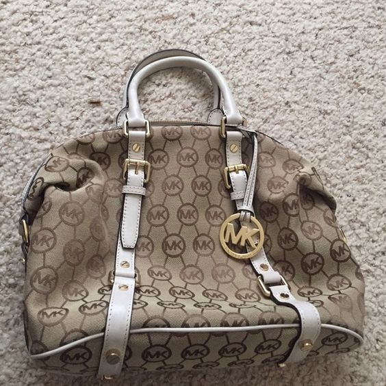 Michael Kors Logo Satchel Authentic. Barely used. Like new. Michael Kors Bags Satchels
