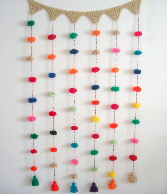 Cortina crochet mil pompones multicolor 450 en https - Decoracion con pompones ...