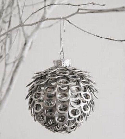 El mundo del reciclaje adornos de navidad hechos con for Adornos navidenos hechos con reciclaje