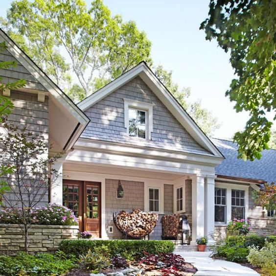 Traditional beautiful homes and home on pinterest for Traditional ranch homes