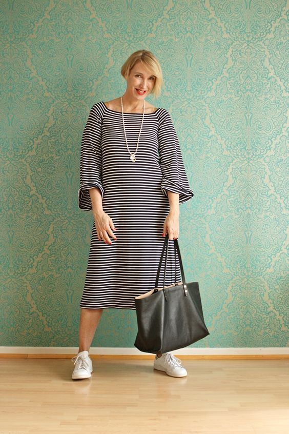 A fashion blog for women over 40 and mature women http://www.glamupyourlifestyle.com/ Dress: Maja Wyh Collektion Sneaker: Adidas: Bag: Chloé Necklace: Runte Schmuck