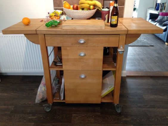 Butchers block trolley with extendable sides