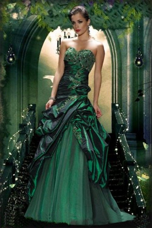 Green wedding dresses beautiful and glamorous green for Woman in wedding dress