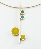 Love almost all the resin jewelry on this site - great color! Definitely on my Christmas list.