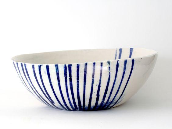 1 Big Serving Bowl Stripes La Petite Fabrique De Brunswick Ceramica Pintada Disenos De Unas Decoracion De Unas