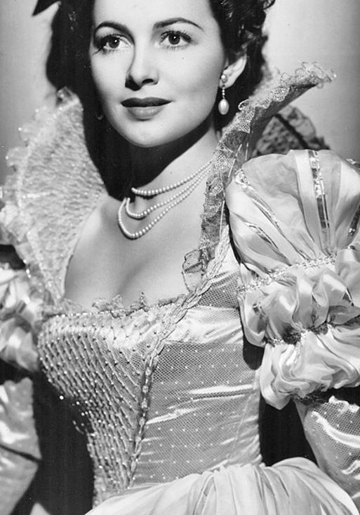"Olivia de Havilland ~ won the Academy Award for Best Actress in 1946 and 1949. Her best known role was as Melanie Hamilton Wilkes in ""Gone With The Wind."" She is the elder sister of Joan Fontaine.:"