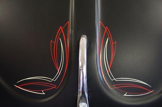 Pinstriping On A Volkswagen Beetle Vw Bug Vane