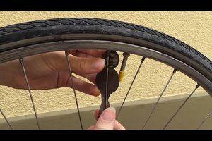Eine Fahrrad-8 reparieren