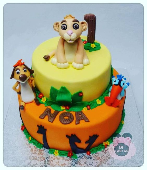 Tarta infantil de Simpa y Pumba. El Rey Leon.