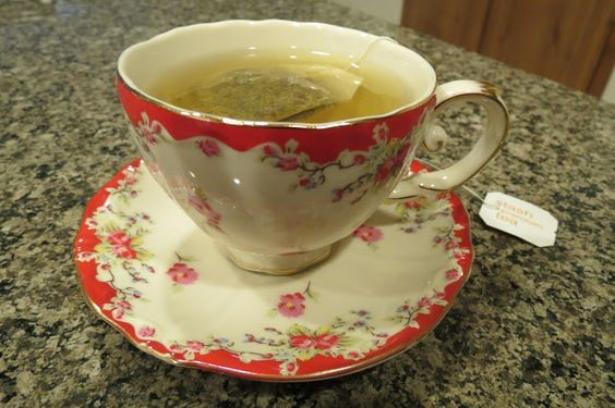 Red Rose Alley: The Tea Kettle Still Sings