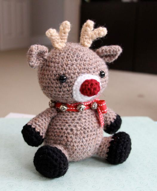 Amigurumi Crochet Pattern - Jingles the Reindeer   Reindeer, Dragon ...