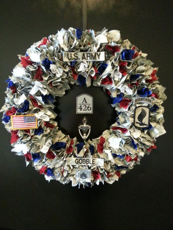 Army wreaths and red on pinterest for Army decoration ideas