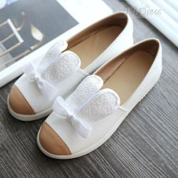 Finding Round Toe Lolita Slip-On Low-Cut Front Womens Flats