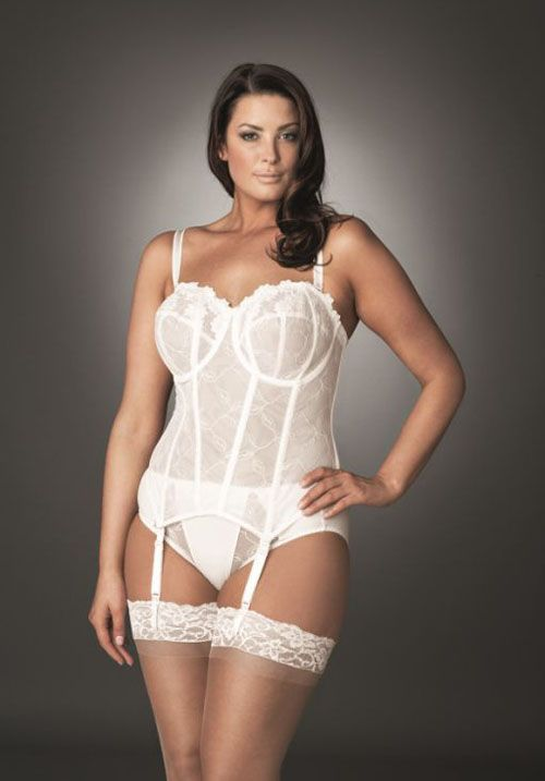 Tips on Buying Plus-Size Bridal Lingerie