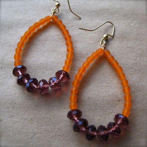 Clemson teardrop beaded earrings by vcarolcreations on Etsy, $16.50