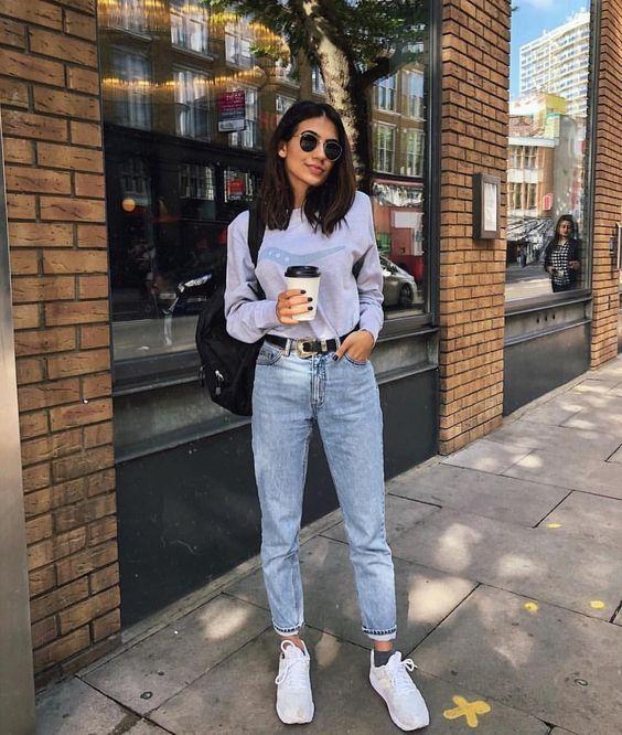 Названы самые модные джинсы весны 2019 года