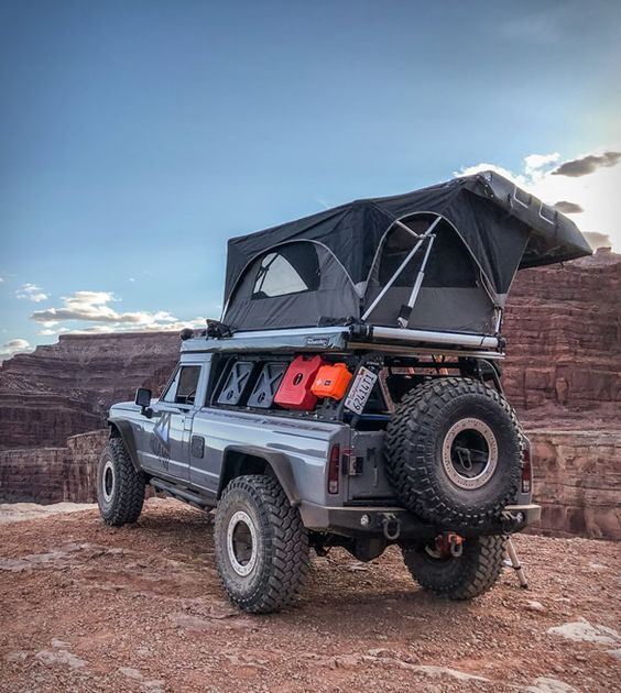 Jeep Gladiator Tomahawk Overlander Sporting A Roamr Tent Troy And