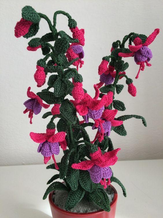 How To Crochet A Fuchsia Flower Crochet Plant Crochet Flower Tutorial Fuchsia Flower