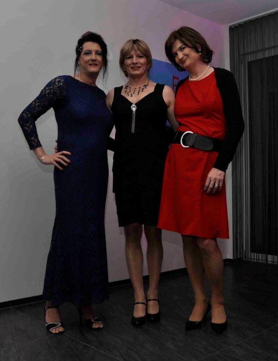 Gurls of the Swiss Gwhf, a nice trio, Daniela,Regina and..