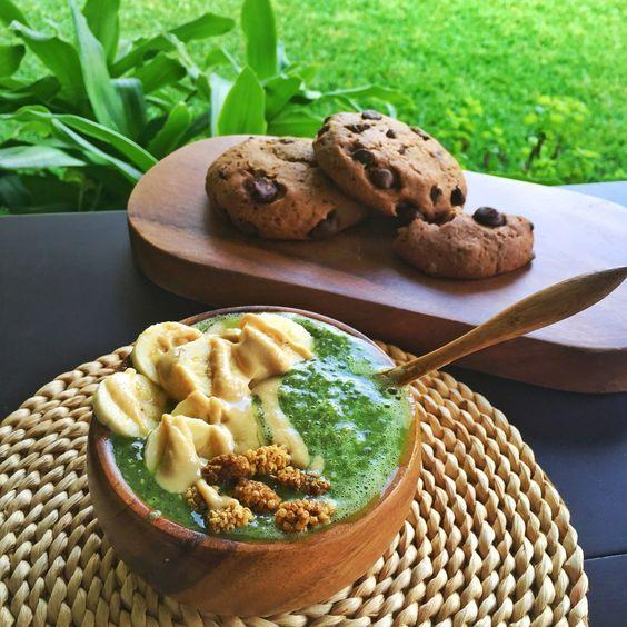 Raw Vegan Green Chia Pudding