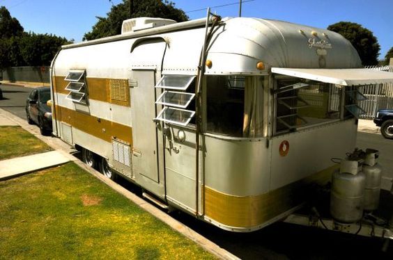 Vintage travel trailers Travel trailers and Vintage