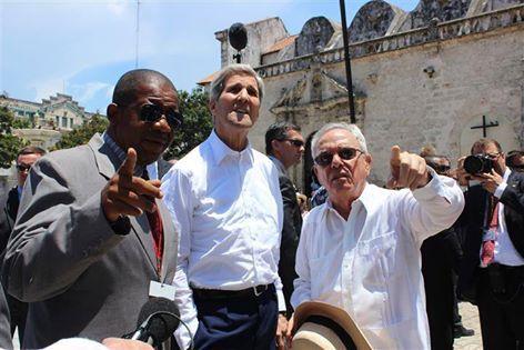 osCurve   Contactos : Kerry no lo pudo resistir señores, y se fue a dar ...