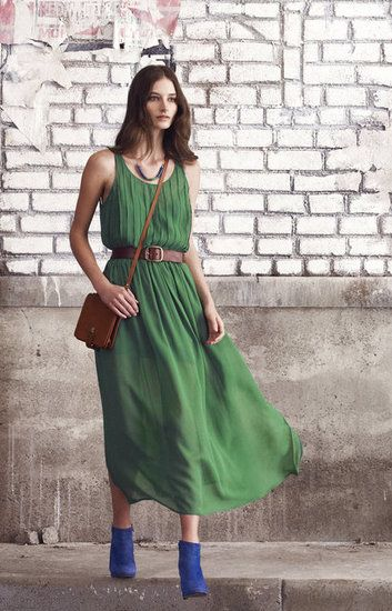 love the dress, hate the shoes with it. this would look fabulous with either brown sunhat and shoes that match the purse.