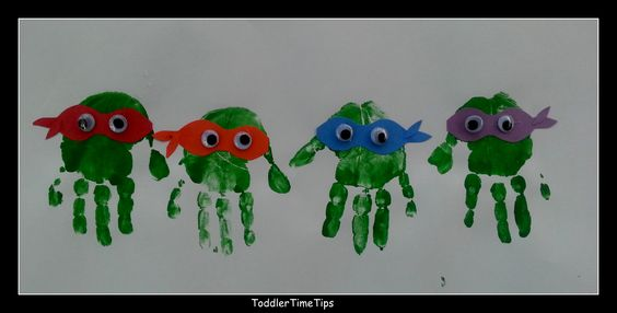 Teenage Mutant Ninja Turtle handprints! For more creative projects and activities go to our FaceBook Page: https://www.facebook.com/toddlertimetips