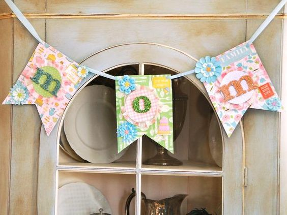 Kids' craft:  make a special mom banner for Mother's Day--> http://hg.tv/zz8o
