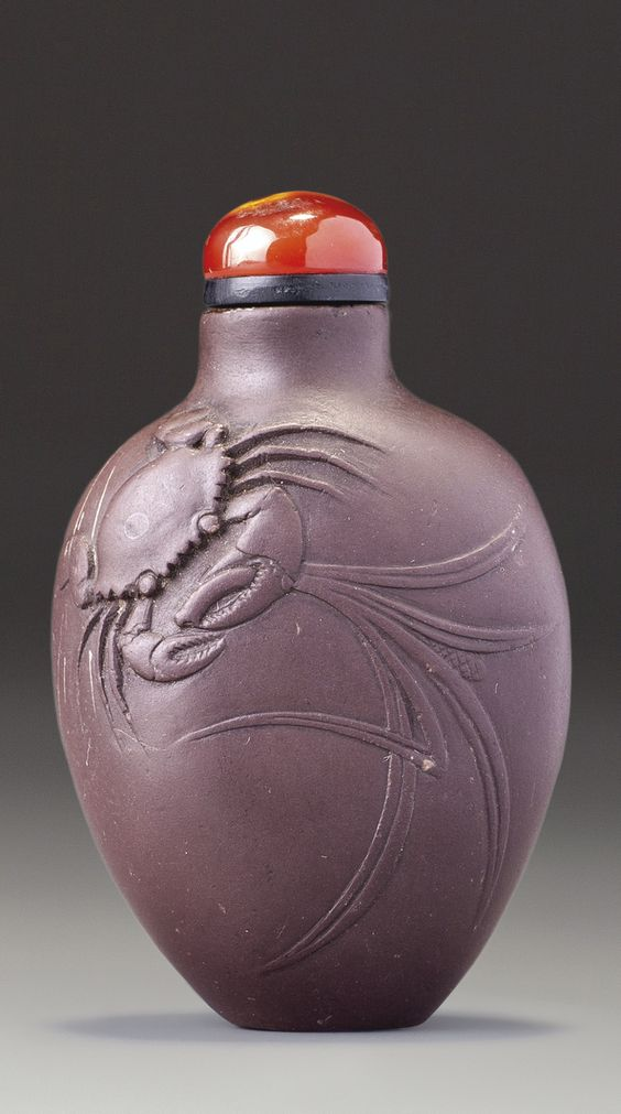 AN INSCRIBED 'DUAN' STONE SNUFF BOTTLE PENGHU KE, QING DYNASTY, LATE 18TH / 19TH CENTURY