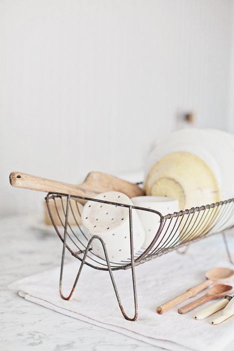 ... vintage french dish rack ...