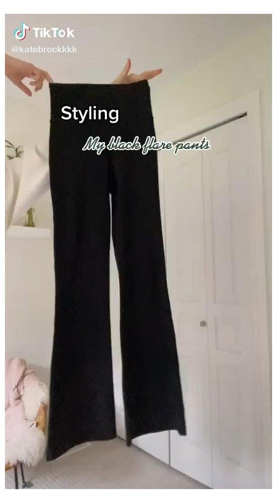 Creds Katebrockkkk On Tiktok Black Flared Trousers Outfit Casual Blackflaredtrousersoutfitca In 2021 Outfits With Leggings Black Flare Pants Pants Outfit Casual