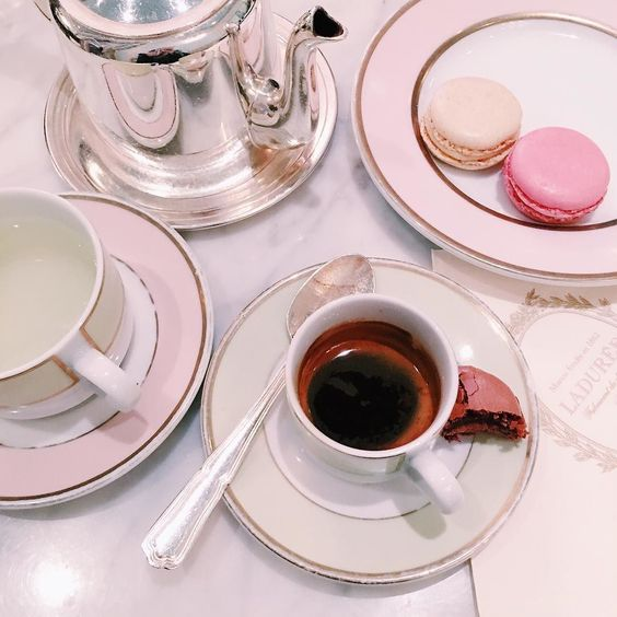 Our inspiration: Sweet treats. Image via Gal Meets Glam