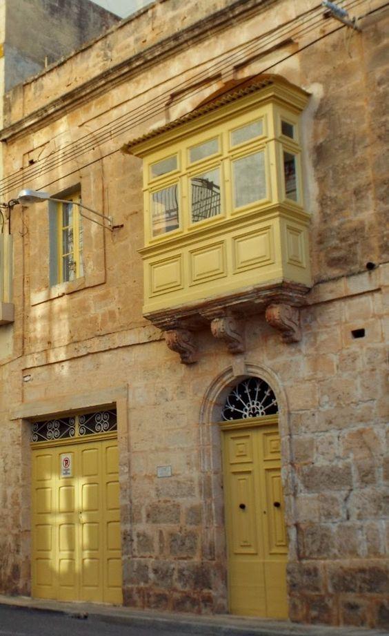 Doors of Malta - photo by Katie @ Second-Hand Hedgehog travel blog