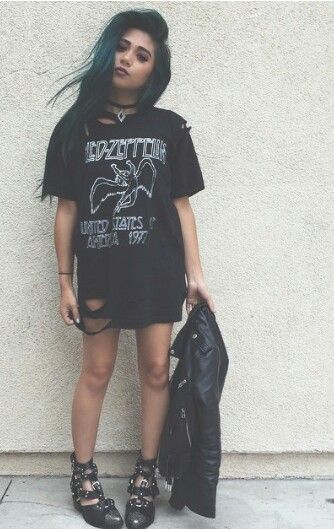 These are like the reasons i wish i were a girl, grunge guy clothes is so hard to find
